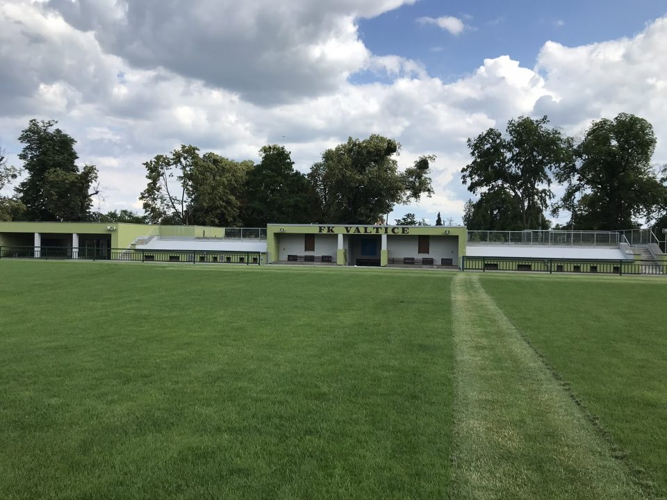 Závlaha a její regulace pomocí i4Comfort pro zahradu i fotbalové hřiště